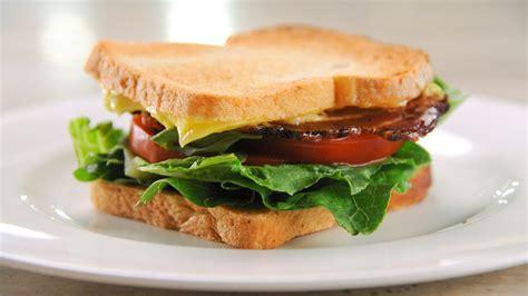Thanksgiving Dinner Table Perfect Blt Sandwich Recipe Martha Stewart