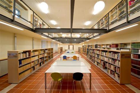 libreria comunale biblioteca sperelliana gubbio