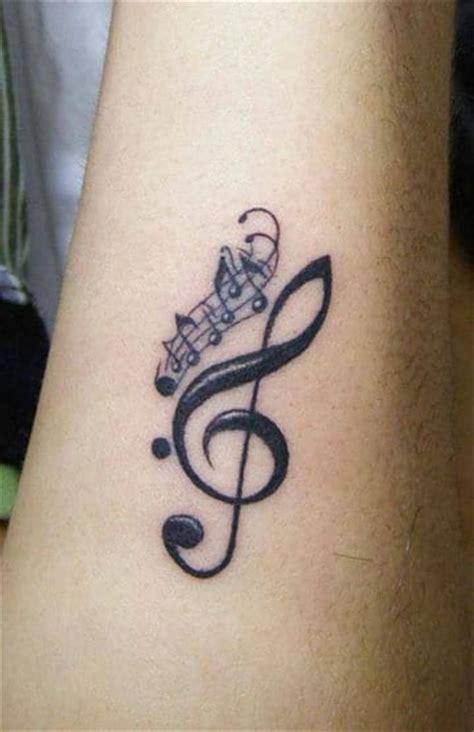 imagenes de tatuajes de letras musicales tatuajes de letras musicales y notas en el cuello y la