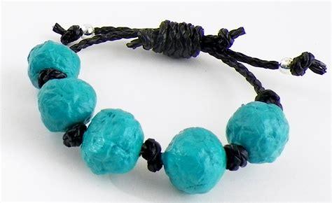 How To Make Paper Bead Bracelets - paper bead bracelet