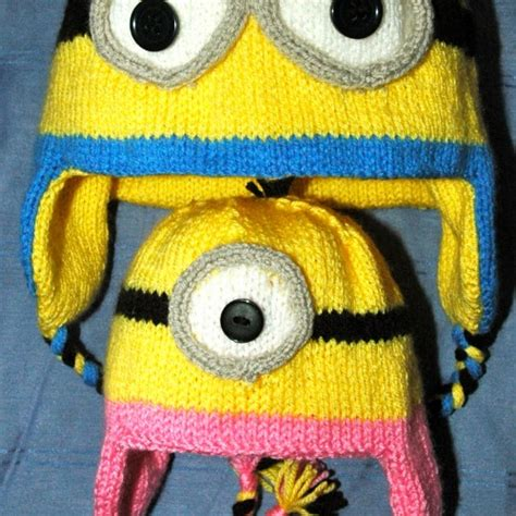 minion knitting pattern dk knitting pattern minion style hat mittens knitsrus