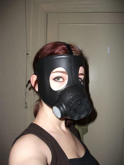 Gas Mask Papercraft - gas mask by blackspindl8 on deviantart