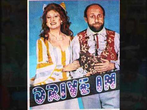 testo sigla and me sigla drive in saxofono for me
