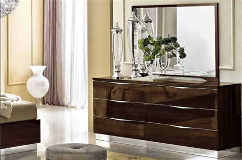 graue möbel schlafzimmer klare moderne zimmer streichen graue wand