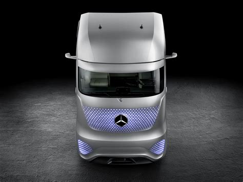future mercedes truck mercedes benz future truck 2025 photo gallery autoblog