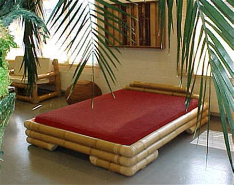 Lu Tidur Dari Bambu gunakan lem untuk bambu terkuat agar ranjang lebih kokoh