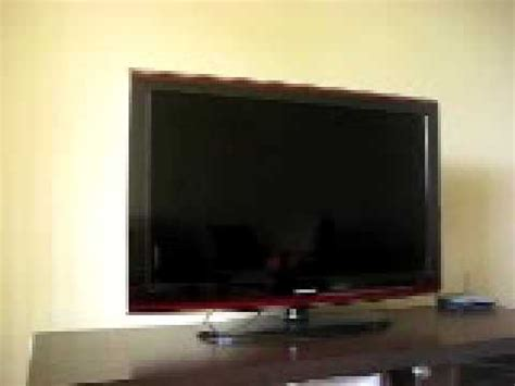 samsung series 6 ln40a650 turns on and