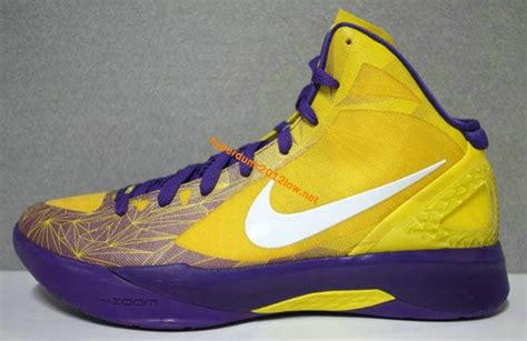 amazing basketball shoes this site is amazing if you basketball shoes you must
