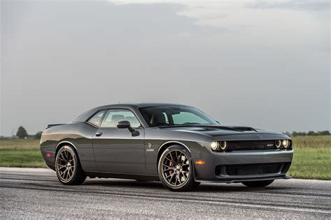 hellcat challenger 1000 hp hellcat photo shoot hennessey performance