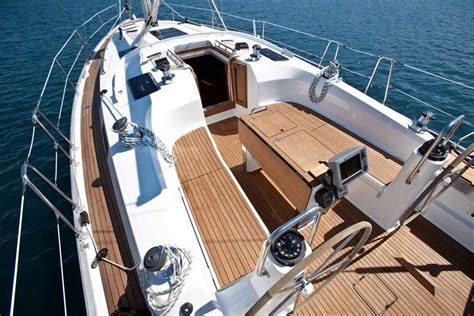 Sailboat Floor Plans by Bavaria Cruiser 40 Specifications Clipper Marine