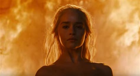 young actress game of thrones season 6 emilia clarke on her nude scene in game of thrones