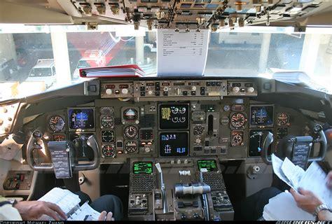 boeing 767 interni boeing 767 338 er qantas aviation photo 1906129