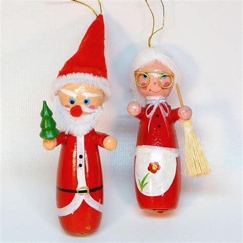 2 vtg santa and mrs claus ornaments wooden christmas taiwan