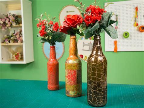 video como decorar garrafas de vidro 17 garrafas decoradas passo a passo simples e lindas