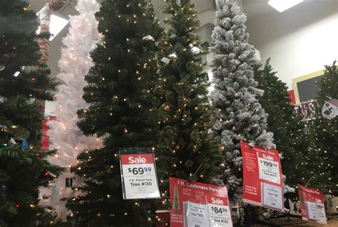 7 ft deluxe noble fir snap pre lit led christmas tree 28 best 7 ft christmas trees christmas amazing 7ft