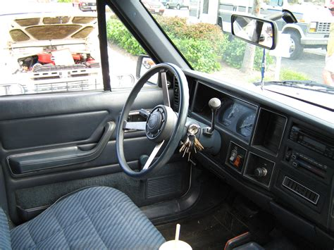 Comanche Interior by File Jeep Comanche Pioneer White Md I Jpg Wikimedia Commons