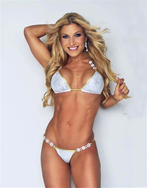 Competitor Workout Bench Ingrid Romero Interview Top Fitness Model Amp Team Edge