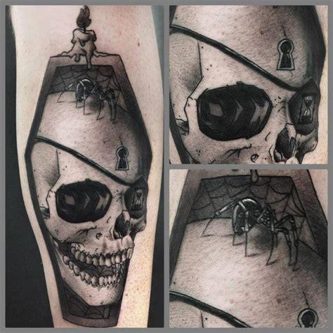 art junkies tattoo skull by junkies