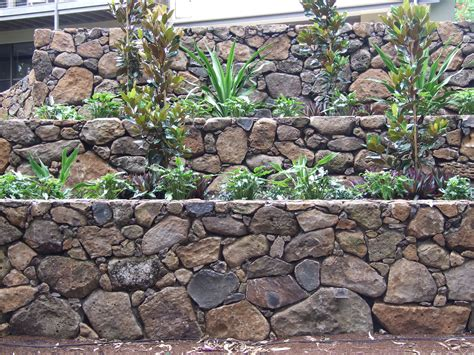 Rock Retaining Wall Rock Retaining Walls Landscaping Design Construction