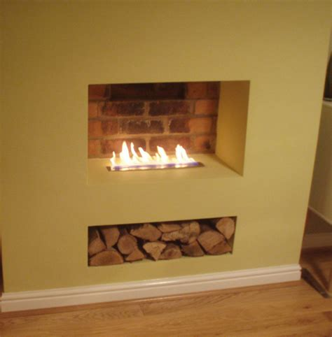 Ribbon flame in old chimney breast   Bio Fires (Gel