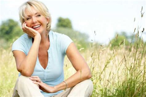 a well dressed 50 year old woman 7 dressing tips for women over 50 dress with ageless style