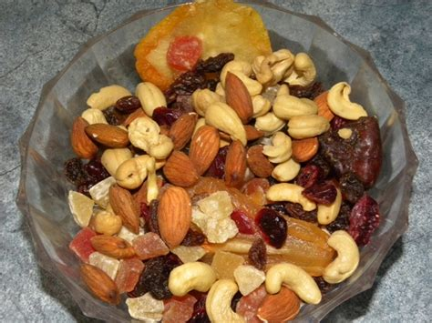 Mixed Nuts And Fruits 1 file driedfruit nutsmixed jpg wikimedia commons