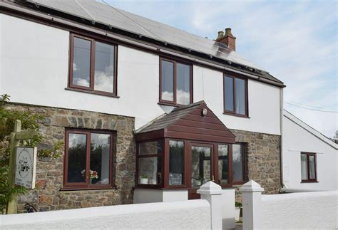 Tenby Cottages by Sheepwalks Cottage Near Tenby In Pembrokeshire Sleeps 8