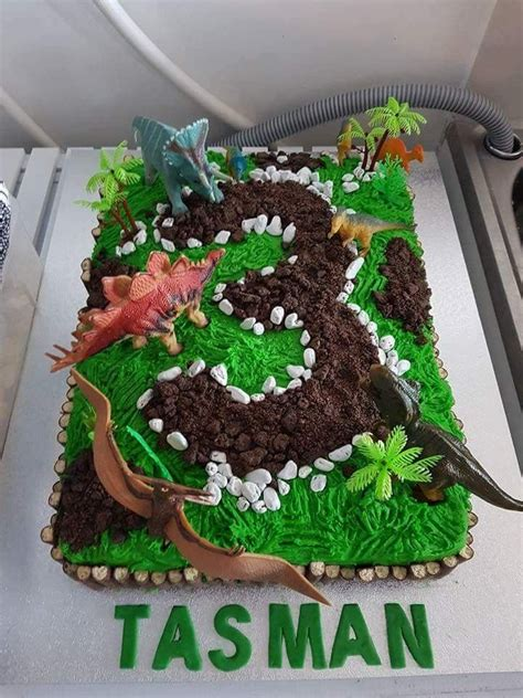how to make a dinosaur cake template how to make a dinosaur cake template free 48 best dino