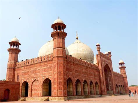 masjid design in pakistan badshahi mosque the royal mosque the emperor mosque