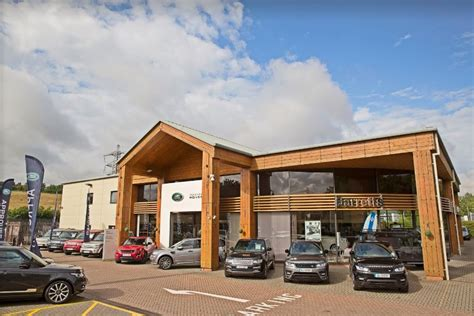 barretts canterbury land rover barretts land rover canterbury car dealers new used