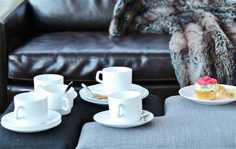 pulire divano come pulire il divano in pelle o in ecopelle