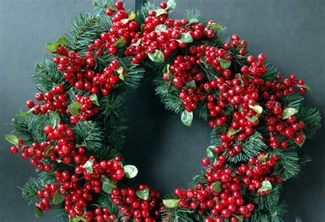 ghirlande da appendere alla porta ghirlande natalizie fai da te