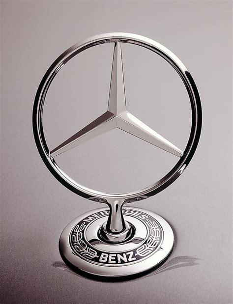Auto Logo Mit Sternen by Gute Fahrt Unter Einem Guten Stern Daimler Gt Konzern