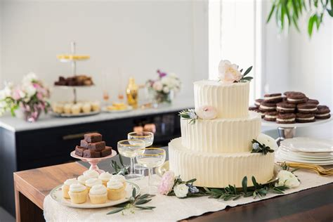 best wedding cake los angeles 2 best places for wedding cakes in los angeles 171 cbs los angeles