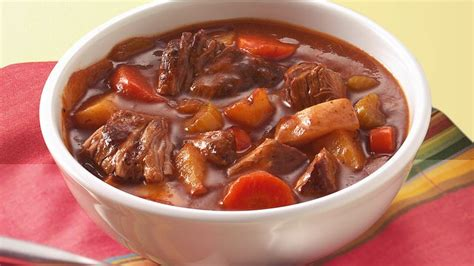 beef stew recoipe slow cooker old fashioned beef stew recipe bettycrocker com