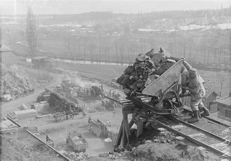 Le Photographe 370 by Les Petits Trains De La Grande Guerre