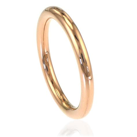halo wedding ring in 18ct gold or platinum by lilia nash