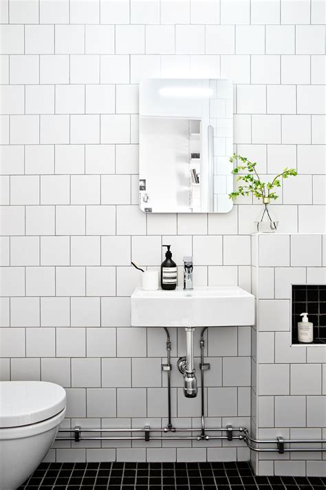 black and white tile bathroom ideas the 25 best white tile bathrooms ideas on
