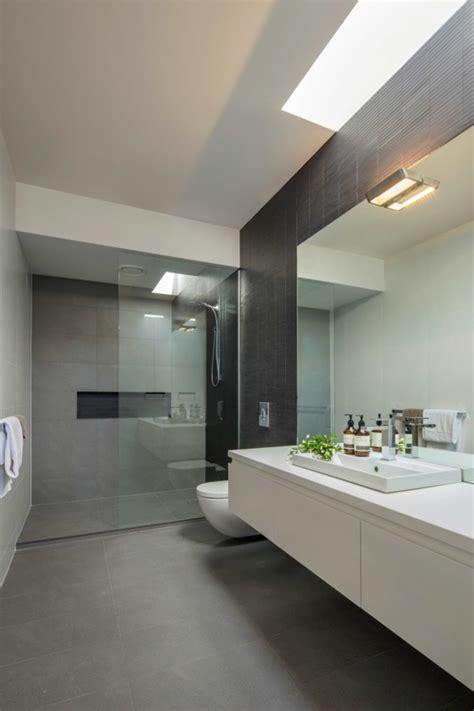 badezimmer unterschrank lang badezimmer renovieren diese tatsachen sollten sie zuerst