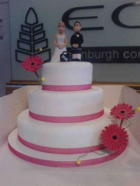 Simple Wedding Cake Decorating Ideas by Simple Wedding Cakes Decorating In Style