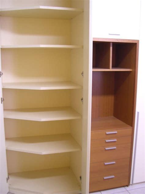 armadio a cabina angolare armadio angolare con cabina armadi a prezzi scontati