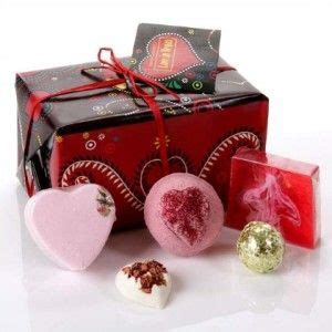 romantic gift for wife 1000 ideas about romantic birthday on pinterest