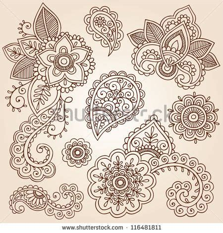 henna tattoo zeichnen best 25 paisley flower tattoos ideas on lotus
