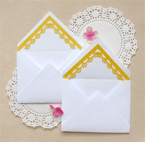 envelope decorating with paper punchesmaritza