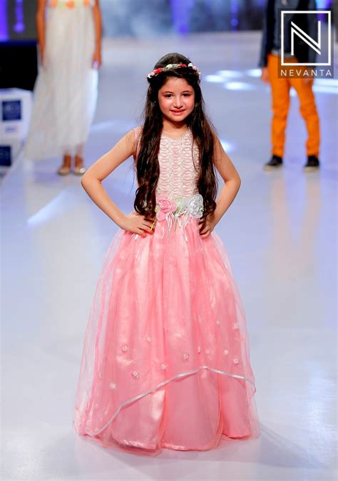 Frock Horror Of The Week Catwalk 17 by Harshaali Malhotra Walked The R In A Pink Gown At India
