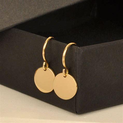 Disc Hook Earring simple solid gold disc hook earrings by lindsay pearson