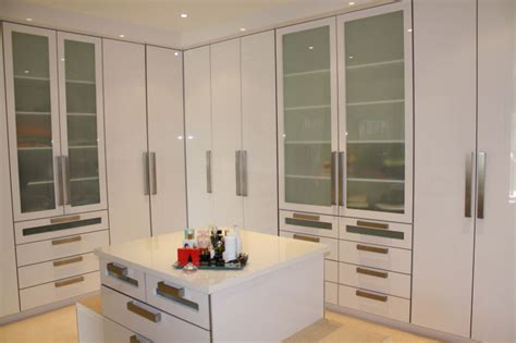 Country Kitchen Designs by River Woods Cupboards Built In Cupboards Built In