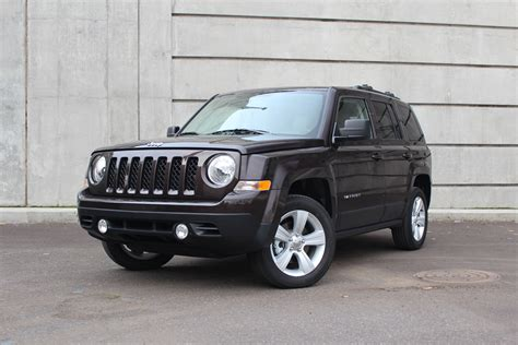 jeep patriot latitude   drive    cvt