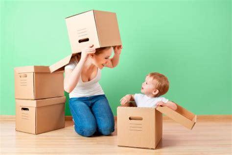 imagenes niños jugando en casa juegos en casa para ni 241 os para jugar en compa 241 237 a