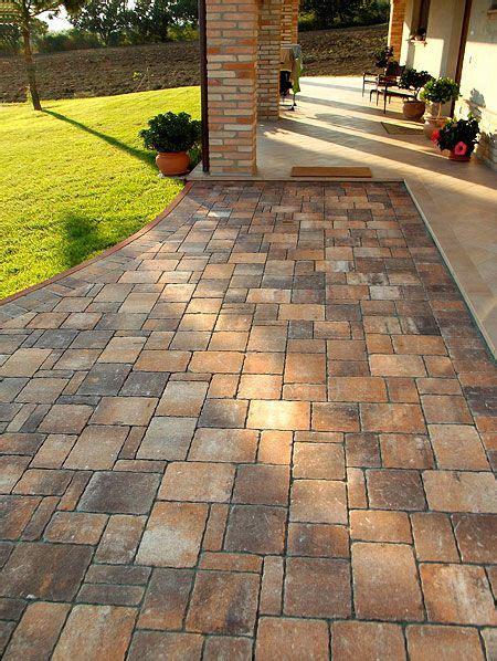 pavimenti per cortili esterni pavimentazioni per esterni autobloccanti pavimenti per